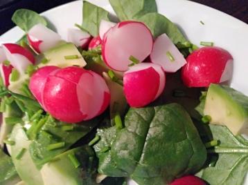 spinach salad, spinach radish avocado salad, salad recipe, easy salad, healthy salad, easy healthy salad
