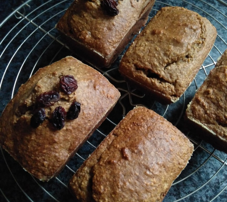 Banana mini Bread with Raisins | 2412life